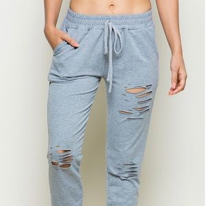 Pants - 💥NEW💥 Distressed Terry Jogger Pants